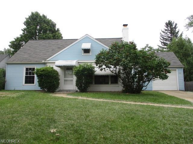 1755 E 236th St, Euclid, OH 44117 (MLS #4008456) :: RE/MAX Trends Realty