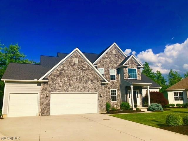 8571 Mulberry Chase, North Ridgeville, OH 44039 (MLS #4009008) :: The Crockett Team, Howard Hanna