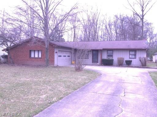 7602 Red Fox Dr, Youngstown, OH 44512 (MLS #4009280) :: RE/MAX Valley Real Estate