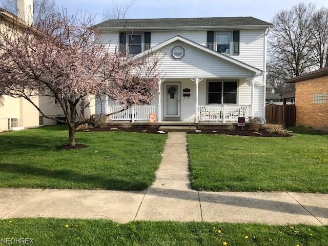 124 E 21st St, Dover, OH 44622 (MLS #4014443) :: The Crockett Team, Howard Hanna