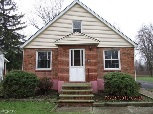 7270 Free Ave, Oakwood Village, OH 44146 (MLS #4014684) :: The Crockett Team, Howard Hanna