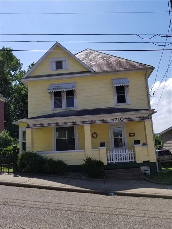 710 Quarry St, Marietta, OH 45750 (MLS #4015144) :: The Crockett Team, Howard Hanna