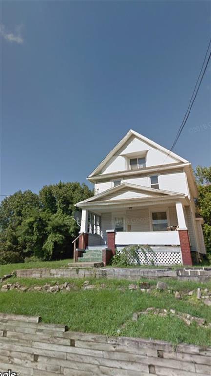 414 Butler Ave, Akron, OH 44310 (MLS #4015151) :: The Crockett Team, Howard Hanna