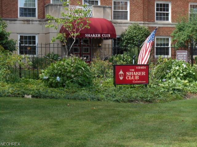 19101 Van Aken Blvd #529, Shaker Heights, OH 44122 (MLS #4016048) :: The Crockett Team, Howard Hanna