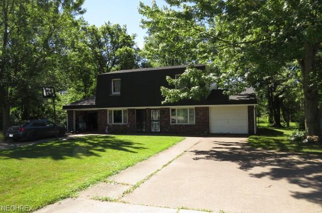 5490 Colorado Ave, Sheffield Village, OH 44054 (MLS #4016131) :: RE/MAX Valley Real Estate
