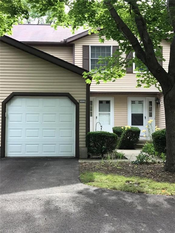 3886 Lake Run Blvd, Stow, OH 44224 (MLS #4017039) :: Tammy Grogan and Associates at Cutler Real Estate