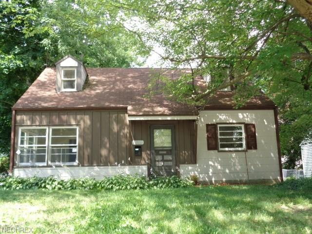 2364 Bailey Rd, Cuyahoga Falls, OH 44221 (MLS #4018391) :: Tammy Grogan and Associates at Cutler Real Estate