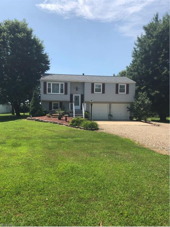 10366 Strausser, Canal Fulton, OH 44614 (MLS #4018763) :: Tammy Grogan and Associates at Cutler Real Estate