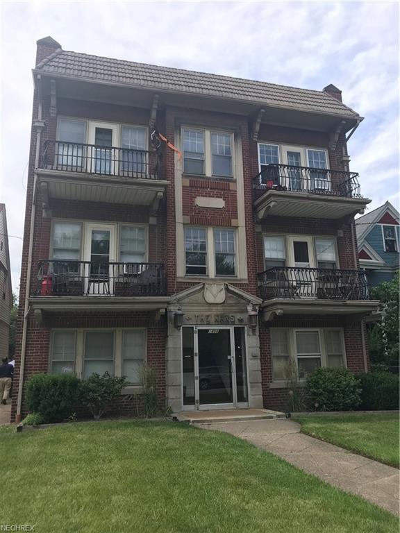 1456 W 110th St, Cleveland, OH 44102 (MLS #4019567) :: The Crockett Team, Howard Hanna