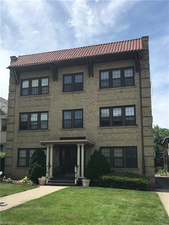 1442 W 110th St, Cleveland, OH 44102 (MLS #4019582) :: The Crockett Team, Howard Hanna