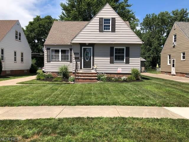 3200 George Ave, Parma, OH 44134 (MLS #4020098) :: The Crockett Team, Howard Hanna