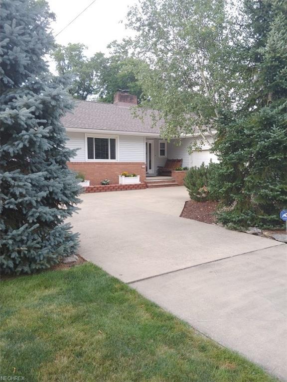 3749 Southwood Dr SE, Warren, OH 44484 (MLS #4020549) :: RE/MAX Valley Real Estate