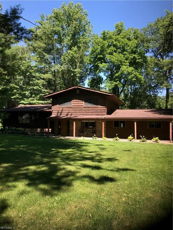 3321 Treelawn Dr, Richfield, OH 44286 (MLS #4020747) :: RE/MAX Trends Realty