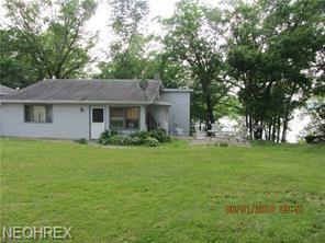 2734B River SE, Lake Milton, OH 44429 (MLS #4021195) :: The Crockett Team, Howard Hanna