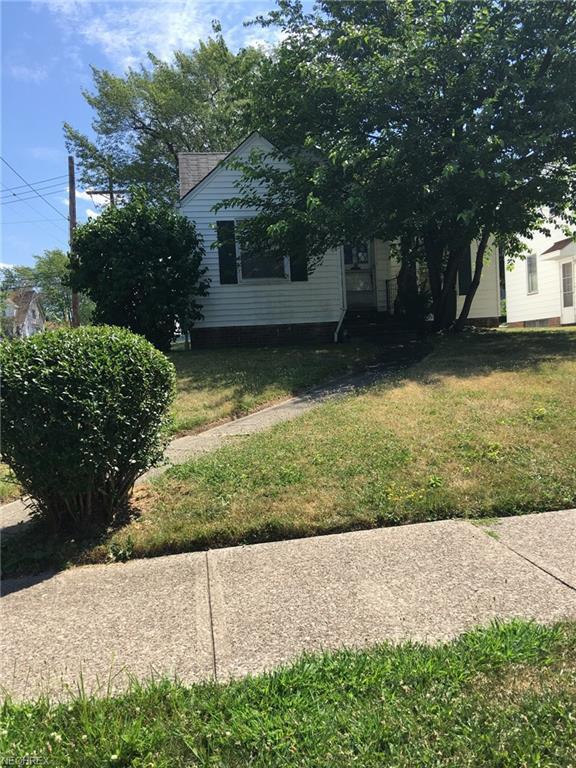 10312 Plymouth Ave, Garfield Heights, OH 44125 (MLS #4023842) :: The Crockett Team, Howard Hanna