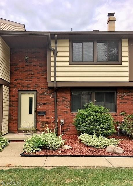968 Hampton Ridge Dr, Akron, OH 44313 (MLS #4024368) :: The Crockett Team, Howard Hanna