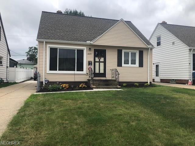 2835 Stanfield Dr, Parma, OH 44134 (MLS #4024406) :: The Crockett Team, Howard Hanna