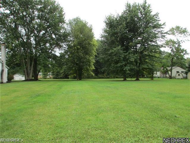 John Rd, Olmsted Township, OH 44138 (MLS #4024589) :: The Crockett Team, Howard Hanna