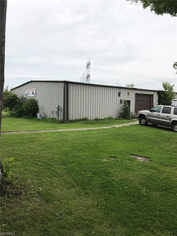 11000 Chardon Rd, Chardon, OH 44024 (MLS #4024763) :: The Crockett Team, Howard Hanna