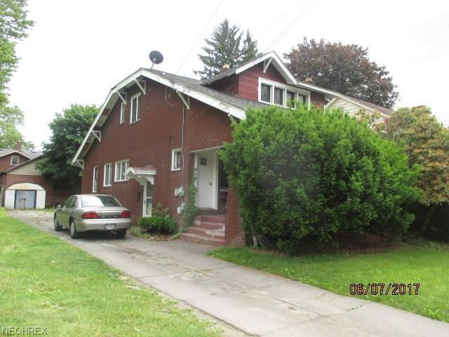 419 W Judson Ave, Youngstown, OH 44511 (MLS #4025246) :: The Crockett Team, Howard Hanna