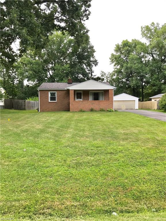 3637 Valacamp Ave SE, Warren, OH 44484 (MLS #4025535) :: RE/MAX Valley Real Estate