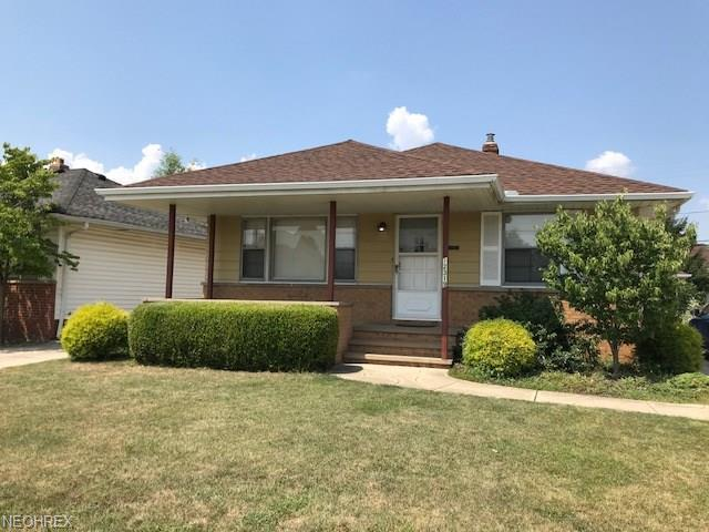 12319 Orme Rd, Garfield Heights, OH 44125 (MLS #4025864) :: The Crockett Team, Howard Hanna