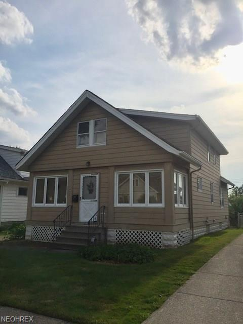 4636 Burleigh Rd., Garfield Heights, OH 44125 (MLS #4026098) :: The Crockett Team, Howard Hanna