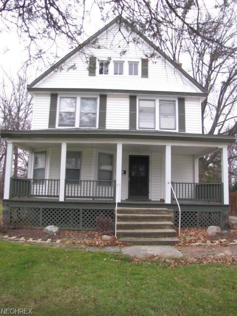 1796 S Green Rd, South Euclid, OH 44121 (MLS #4026399) :: The Crockett Team, Howard Hanna