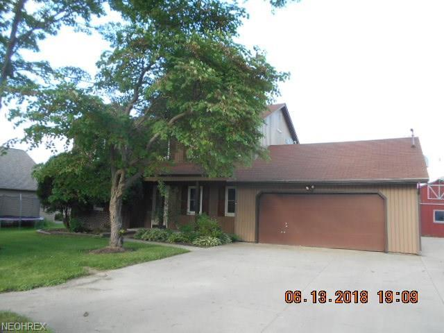 605 W 130th St, Hinckley, OH 44233 (MLS #4026932) :: The Crockett Team, Howard Hanna