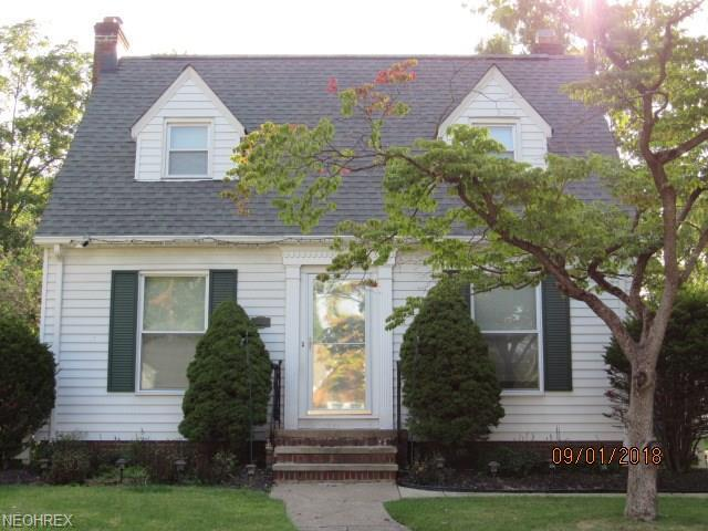 5831 Lotusdale Dr, Parma Heights, OH 44130 (MLS #4033787) :: The Crockett Team, Howard Hanna