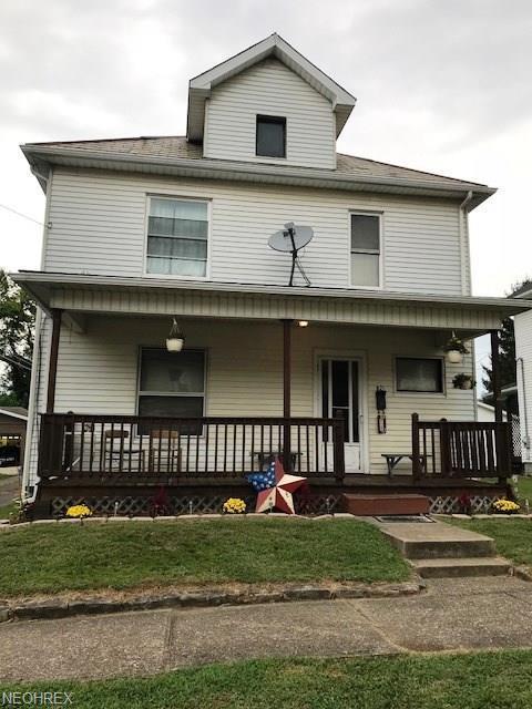821 Foster Ave, Cambridge, OH 43725 (MLS #4036080) :: The Crockett Team, Howard Hanna