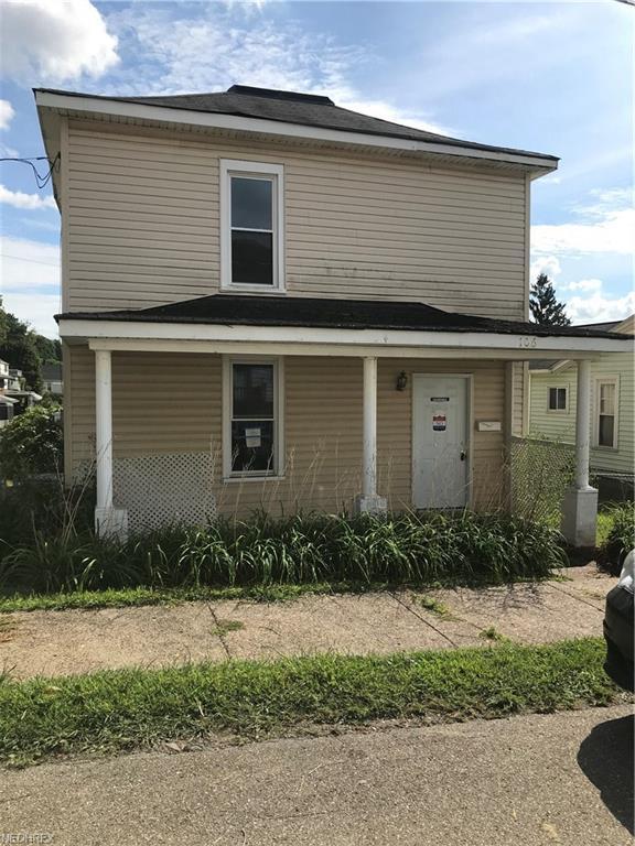 106 25th Street, Wellsburg, WV 26070 (MLS #4036532) :: Keller Williams Chervenic Realty