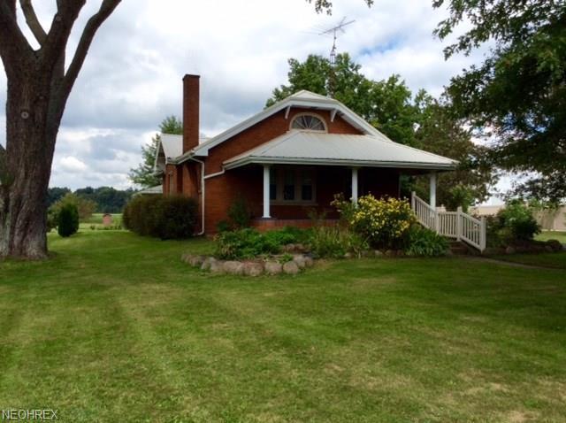 21382 Harrisburg Westville Rd, Alliance, OH 44601 (MLS #4037505) :: RE/MAX Edge Realty