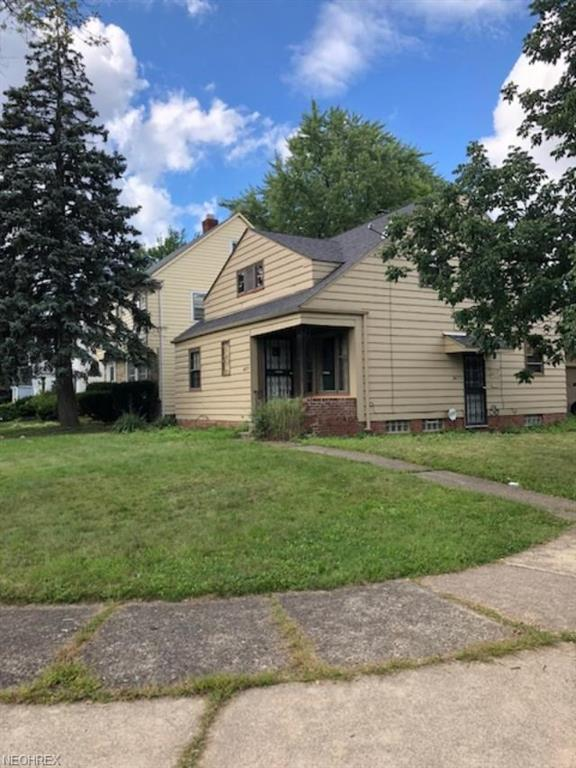 3677 Cummings Rd, Cleveland Heights, OH 44118 (MLS #4037685) :: The Crockett Team, Howard Hanna