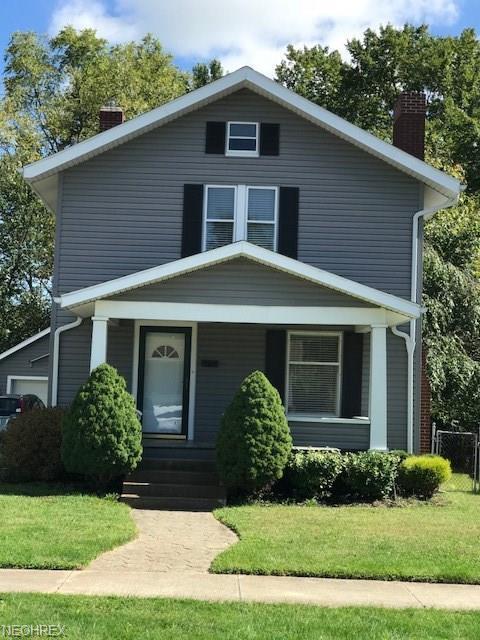 1621 Dover Ave, Dover, OH 44622 (MLS #4038043) :: Keller Williams Chervenic Realty