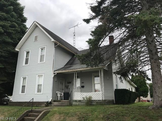 1133 Garfield Ave SW, Canton, OH 44706 (MLS #4039280) :: RE/MAX Edge Realty