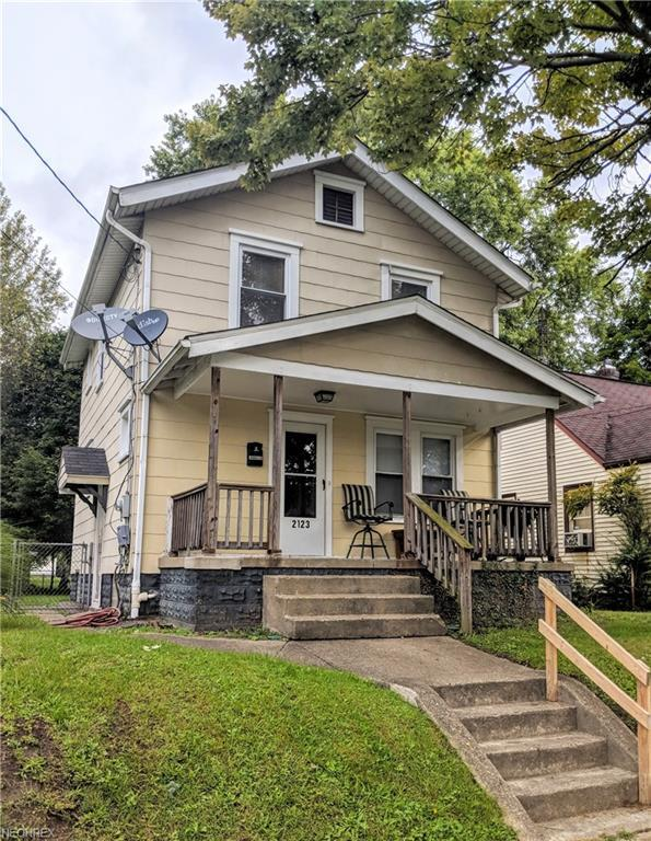 2123 24th St NE, Canton, OH 44705 (MLS #4039796) :: RE/MAX Edge Realty