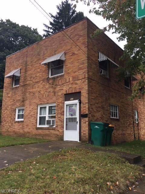 907 Washington St, Wooster, OH 44691 (MLS #4040348) :: Keller Williams Chervenic Realty