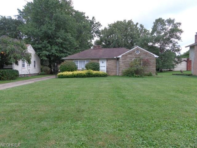25704 Highland Rd, Richmond Heights, OH 44143 (MLS #4041550) :: RE/MAX Edge Realty