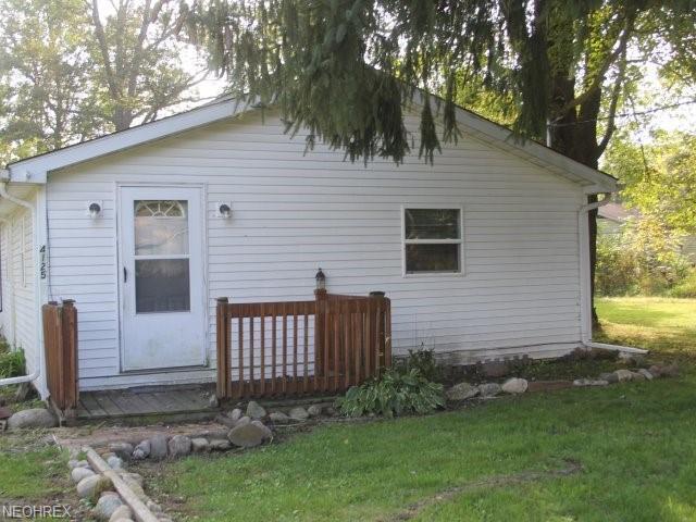 4120 Nelson Mosier, Leavittsburg, OH 44430 (MLS #4043443) :: PERNUS & DRENIK Team