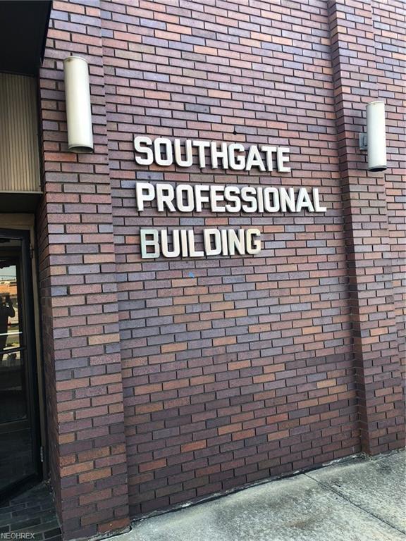 20676 Southgate Park Boulevard - Photo 1