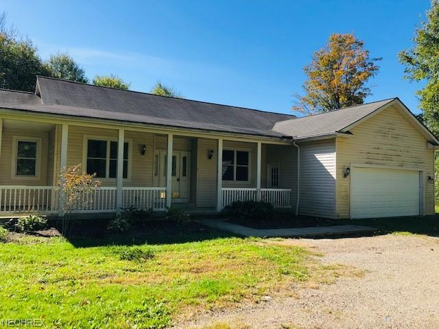 9053 Cedar Rd, Chesterland, OH 44026 (MLS #4045133) :: RE/MAX Edge Realty
