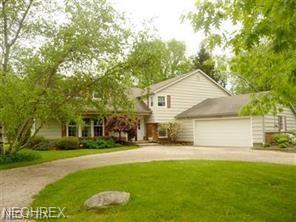 11355 Willow Hill Dr, Chesterland, OH 44026 (MLS #4046696) :: The Crockett Team, Howard Hanna