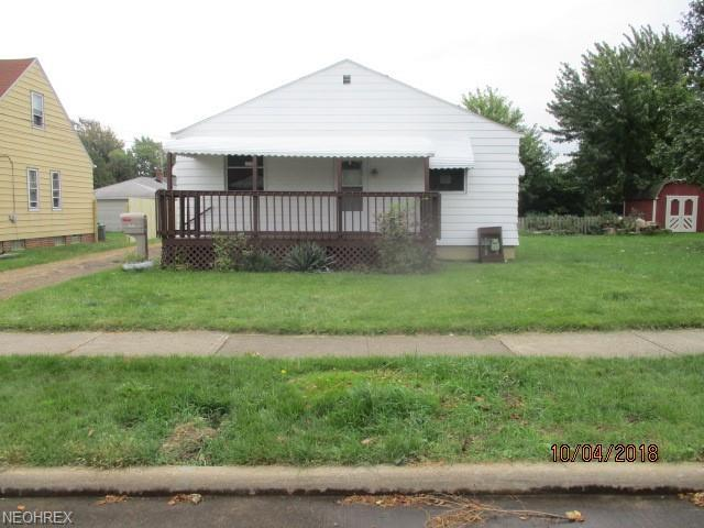 5245 W 149th St, Brook Park, OH 44142 (MLS #4047091) :: RE/MAX Edge Realty