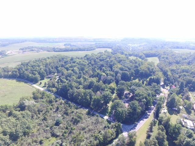 Beth Ave SW, Navarre, OH 44662 (MLS #4047185) :: RE/MAX Valley Real Estate