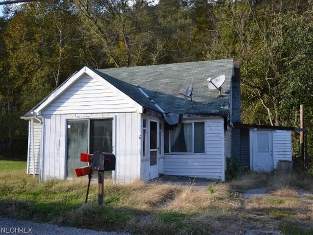 4614 County Road 17, Rayland, OH 43943 (MLS #4048580) :: The Crockett Team, Howard Hanna