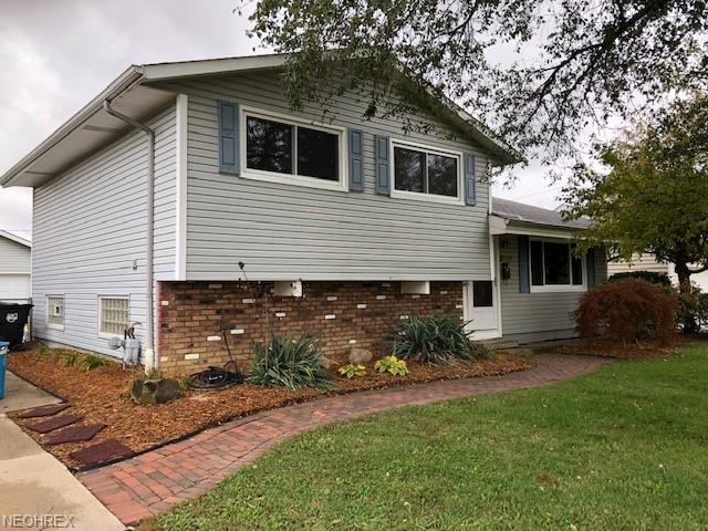 6078 Langer Dr, Brook Park, OH 44142 (MLS #4049234) :: RE/MAX Trends Realty