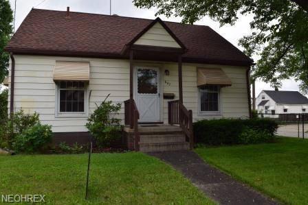 647 E Wilbeth Rd, Akron, OH 44306 (MLS #4049541) :: The Crockett Team, Howard Hanna