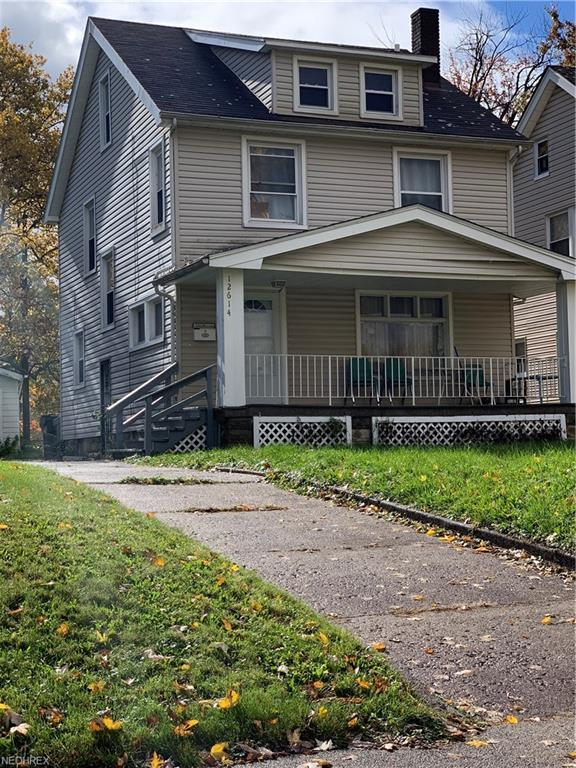 12614 Thornhurst Ave, Garfield Heights, OH 44105 (MLS #4050413) :: RE/MAX Edge Realty