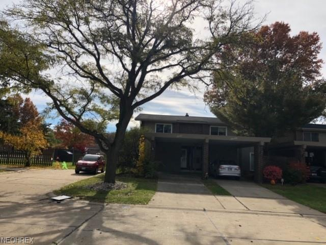 26587 Central Park Blvd, Olmsted Falls, OH 44138 (MLS #4050564) :: RE/MAX Edge Realty